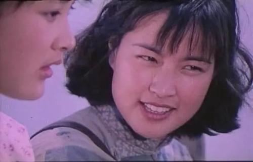 电影《小花》中,刘晓庆饰演何翠姑。视频截图