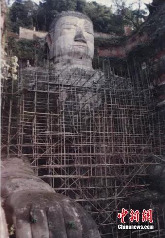 1990年,乐山大佛图。乐山大佛景区供图