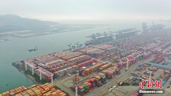 资料图:深圳盐田国际集装箱码头。中新社记者 陈文 摄