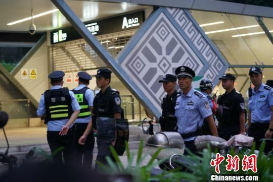 广西南宁地铁发生持刀劫持案 犯罪嫌疑人被击毙(图)