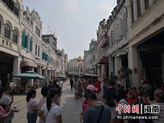 图为海口骑楼老街。(资料图片) 尹海明 摄