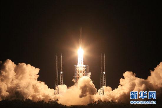 2016年6月25日,长征七号火箭在中国文昌航天发射场发射成功。航天是文昌发展的独特优势和最强劲引擎。目前,海南文昌正在以饱满的热情,加快文昌国际航天城和三大旅游消费中心的建设。
