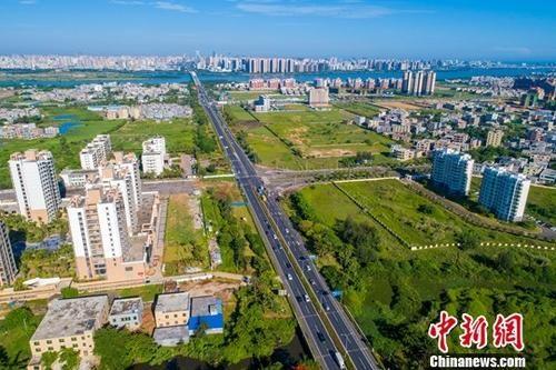 资料图:海口江东片区。中新社记者 骆云飞 摄
