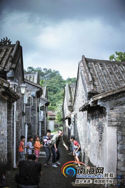 李双喜镜头下的海南乡村美景。