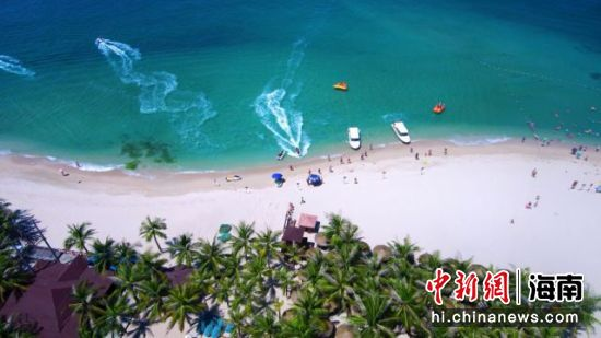 西岛滨海浴场 景区供图