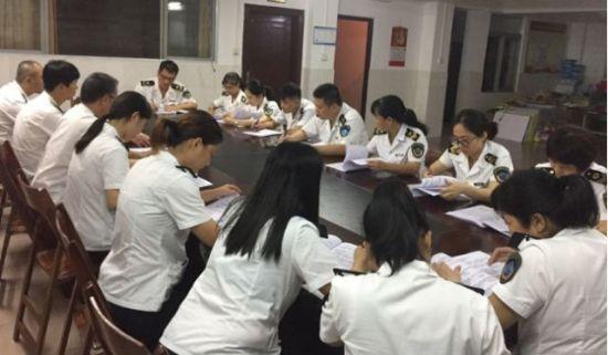 琼山区卫生监督所组织开展测试。琼山区委宣传部供图