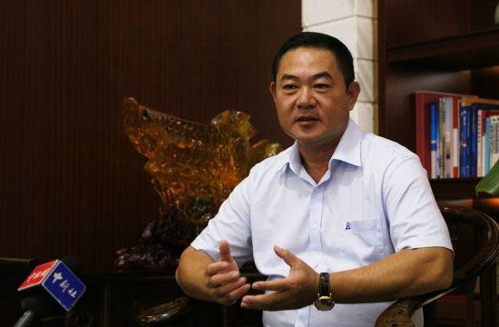 海南翔泰渔业股份有限公司董事长刘荣杰接受采访 尹海明 摄