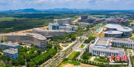 资料图:航拍海南博鳌乐城国际医疗旅游先行区。 骆云飞 摄