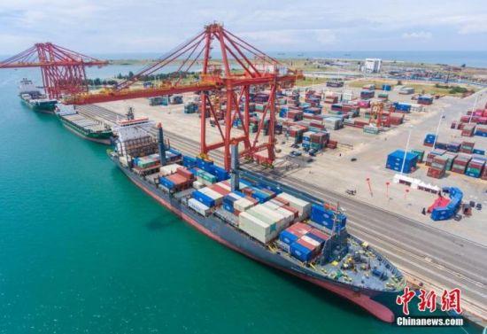 资料图:海南自贸港。中新社记者 骆云飞 摄