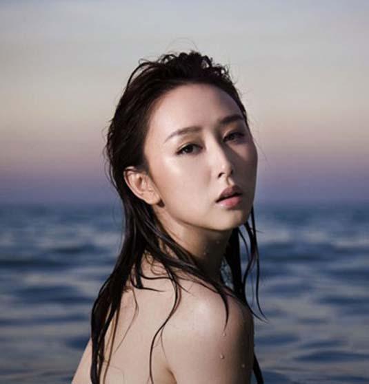 绝色女星 戏水出浴 诱惑多多