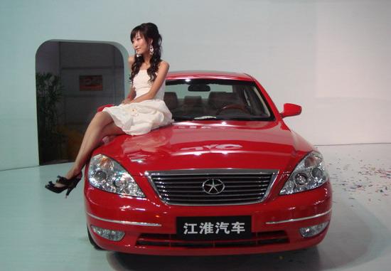 发动机有2.4升和2.0升两款.其中,   预计上市价格:13-15万   高清图片