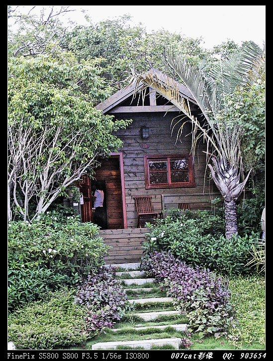 净朴素的小木屋里面