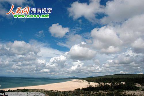 【昌江棋子湾】   棋子湾位于海南昌江县古昌化城的北部,西接昌化图片
