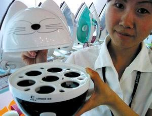 据悉,这款煮蛋器十分惹人喜爱,它具有节水省电、煮蛋过程简单快