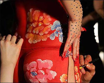 旗袍人体彩绘纽约放异彩