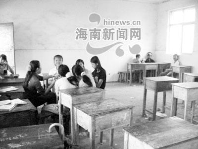 玉米v玉米严重学校12间只有生源60多学生手把手教教室皮编织图片