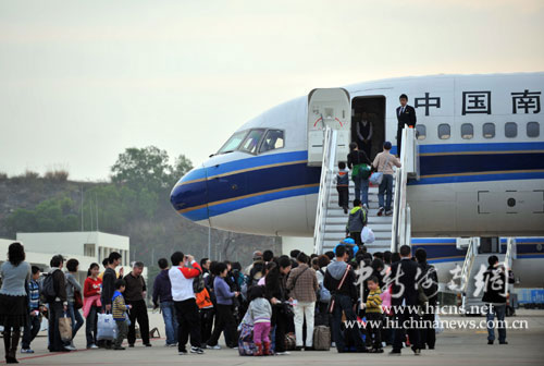 南航飞机在海南机场运营