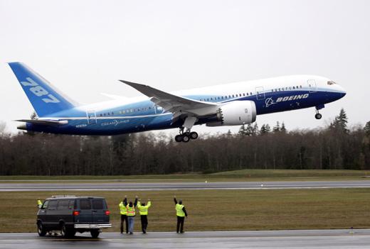 波音787梦幻客机试飞成功