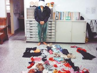 花莲县一性感专偷内衣逮到时身穿女内衣裤(图小过男子演s的视频图片