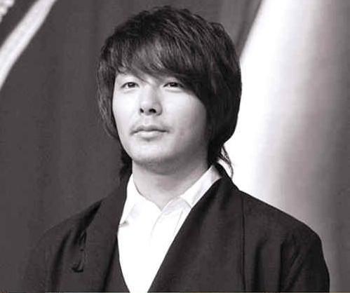 朴龙河自杀身亡_韩星朴龙河自杀仅33岁曾出演《冬季恋歌》图