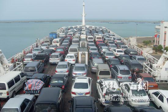 粤海铁路轮渡应对客流高峰打造和谐春运