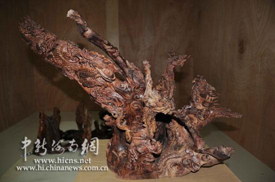 李某共有20件名贵木雕艺术品被盗