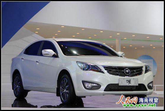 2012年4月23日,第十二届北京国际车展于中国国际展览中心盛大开幕,来自全球的汽车厂商均携旗下最优秀车型参展。海马汽车,以其首款B级概念轿车曜领衔,携全系精品车型在北京车展高调亮相。除B级概念轿车曜以外,刚刚上市的新福美来、新福美来VS,以及丘比特2012款和海马骑士2012款,普力马2012款、福美来CTCC赛车、福美来电动车和HM484Q-T(1.