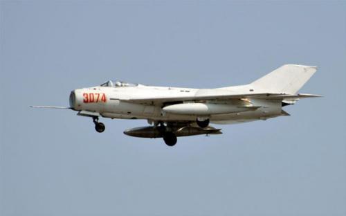 中国歼6战机击落美机20多架无一损伤 被呼万岁