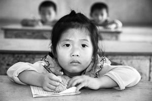 海口北港岛:孤身教师四位绘画数学任教26年小学生日记麻雀小学