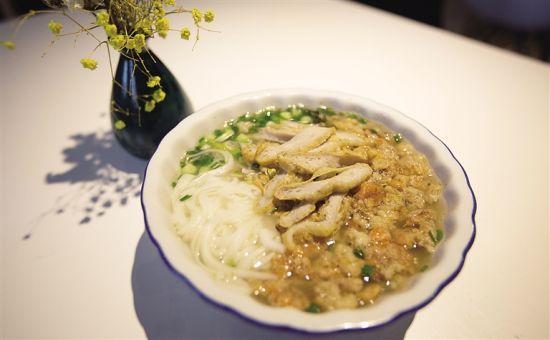 三亚旅游特色美食——港门粉。记者 武威 摄