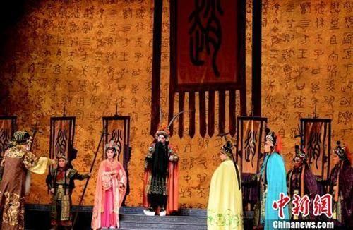 资料图:京剧新编历史剧《赵武灵王》此前在福州凤凰剧院上演。 刘可耕 摄