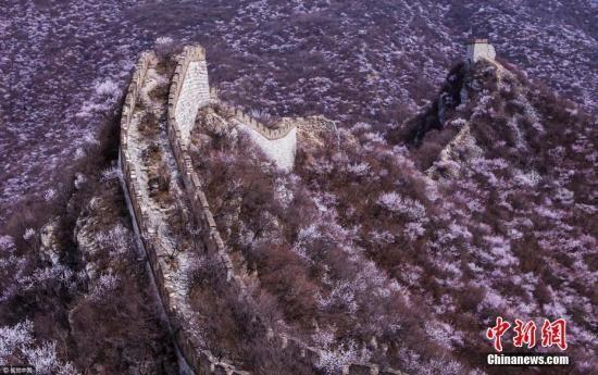 资料图:箭扣长城。图片来源:视觉中国