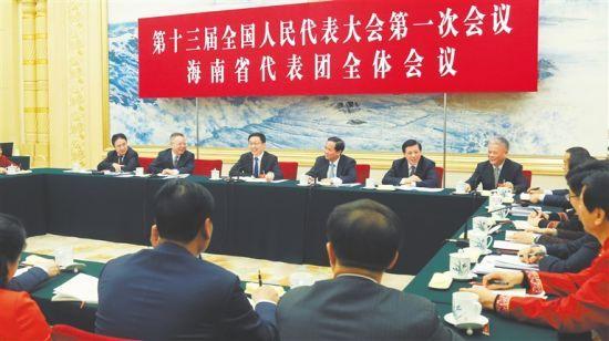 三月十二日,中共中央政治局常委韩正参加十三届全国人大一次会议海南代表团的审议。海南日报特派记者 李英挺 摄