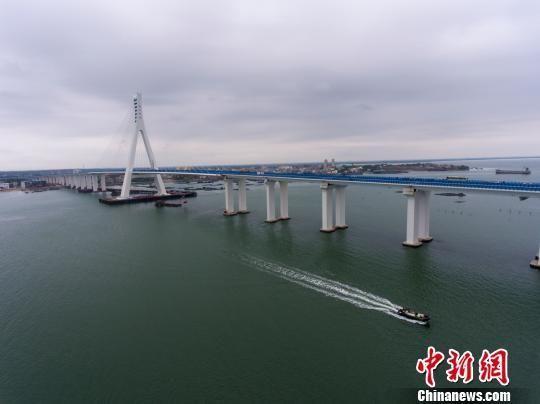 海南海文大桥开通