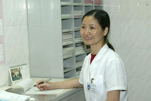 胡小英医生也因成功开展妇科内窥镜手术技术