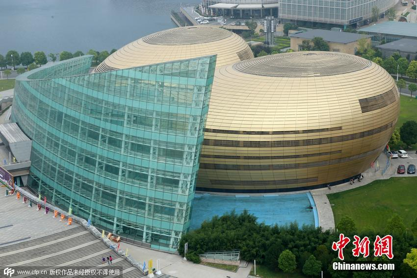 中国最丑建筑图片_郑州现中国最丑建筑