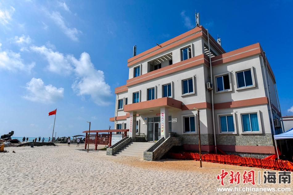 三沙市银屿社区渔民定居点:木板房变小洋楼