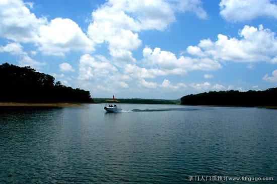 南丽湖风景区水面1200公顷