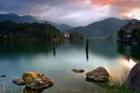 为海南旅游局指定的生态旅游区,是开展热带森林休闲度假,探险猎奇